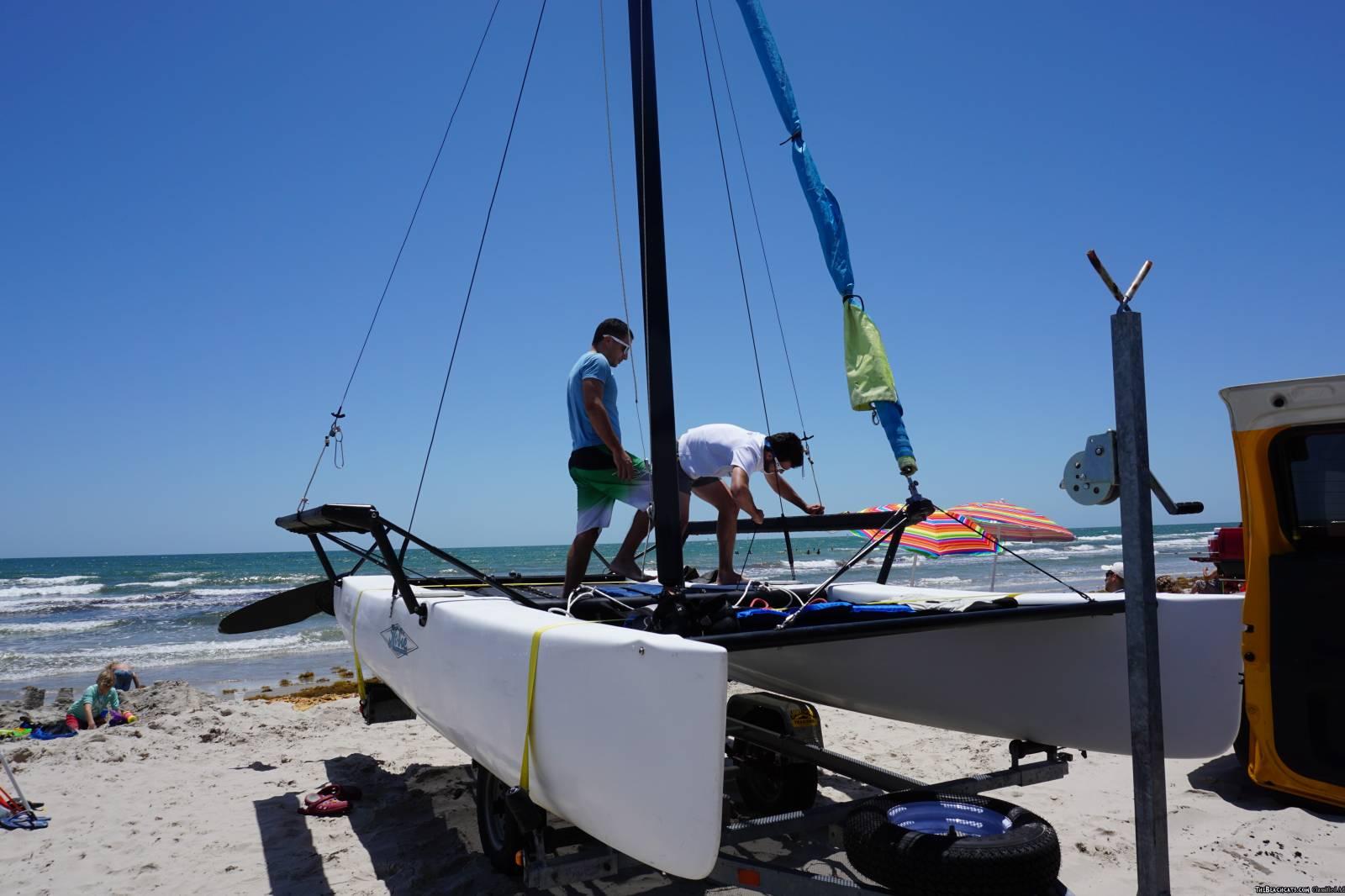 Hobie Getaway - Trailer, New Sails, Trampoline, Trapeze, Zhik harness -  Catamaran Sailboat Classifieds