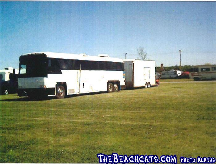 Coach&trailer_GrandBend