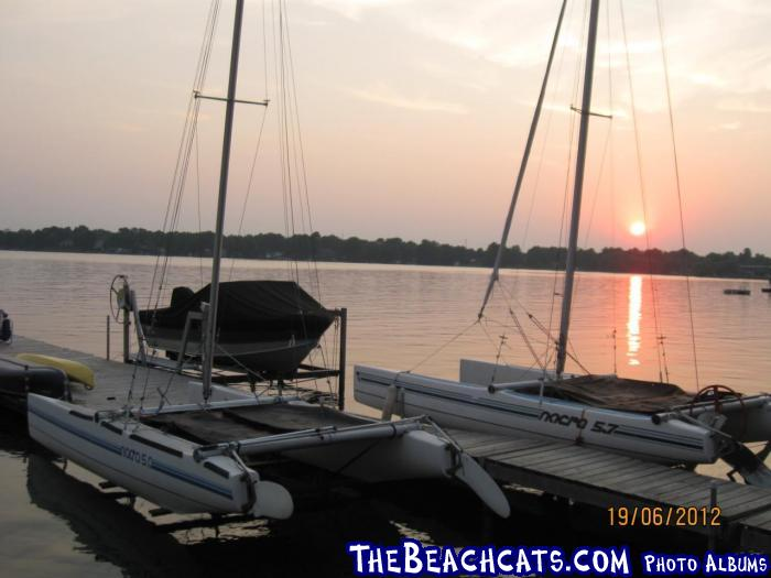 http://www.thebeachcats.com/gallery2/main.php?g2_view=core.DownloadItem&g2_itemId=87703&g2_serialNumber=4